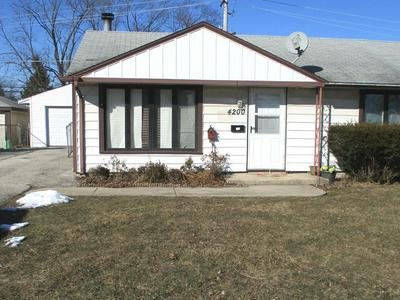 4200 W 90TH PL, HOMETOWN, IL 60456 - Photo 1