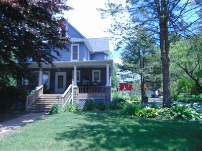 301 S WASHINGTON ST, Mansfield, IL 61854 - Photo 1