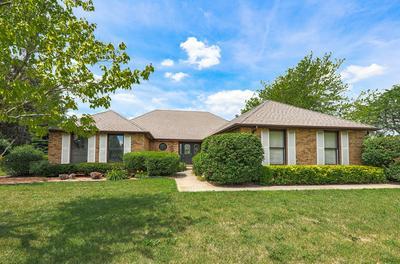 401 S BROOKSHORE DR, Shorewood, IL 60404 - Photo 1