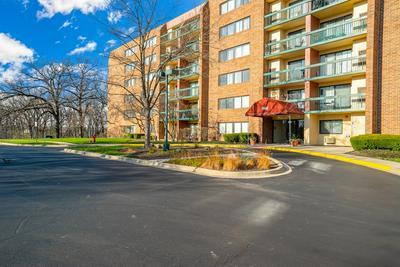 1840 HUNTINGTON BLVD APT 310, Hoffman Estates, IL 60169 - Photo 1