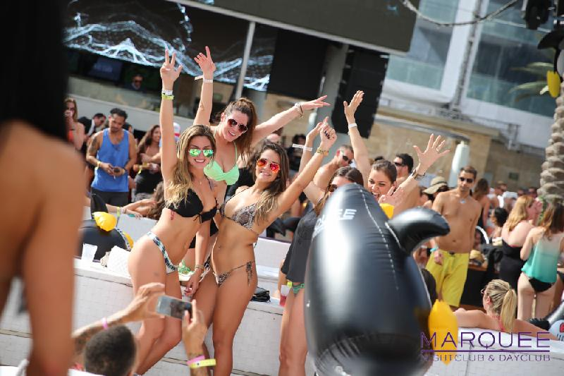 girls in bikini at dayclub party at Marquee