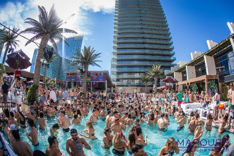 marquee dayclub pool party in las vegas