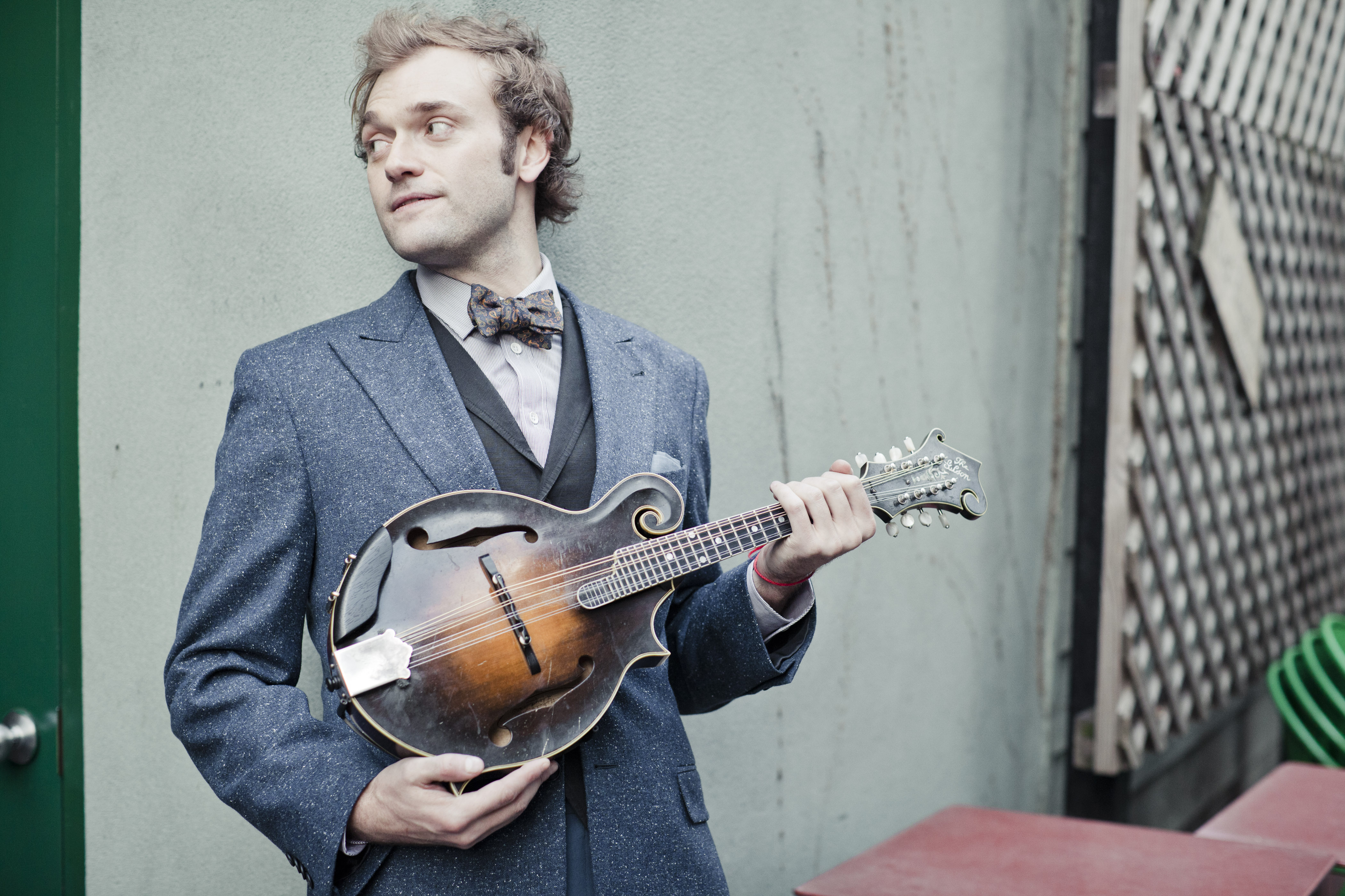 Chris Thile 10PM SHOW