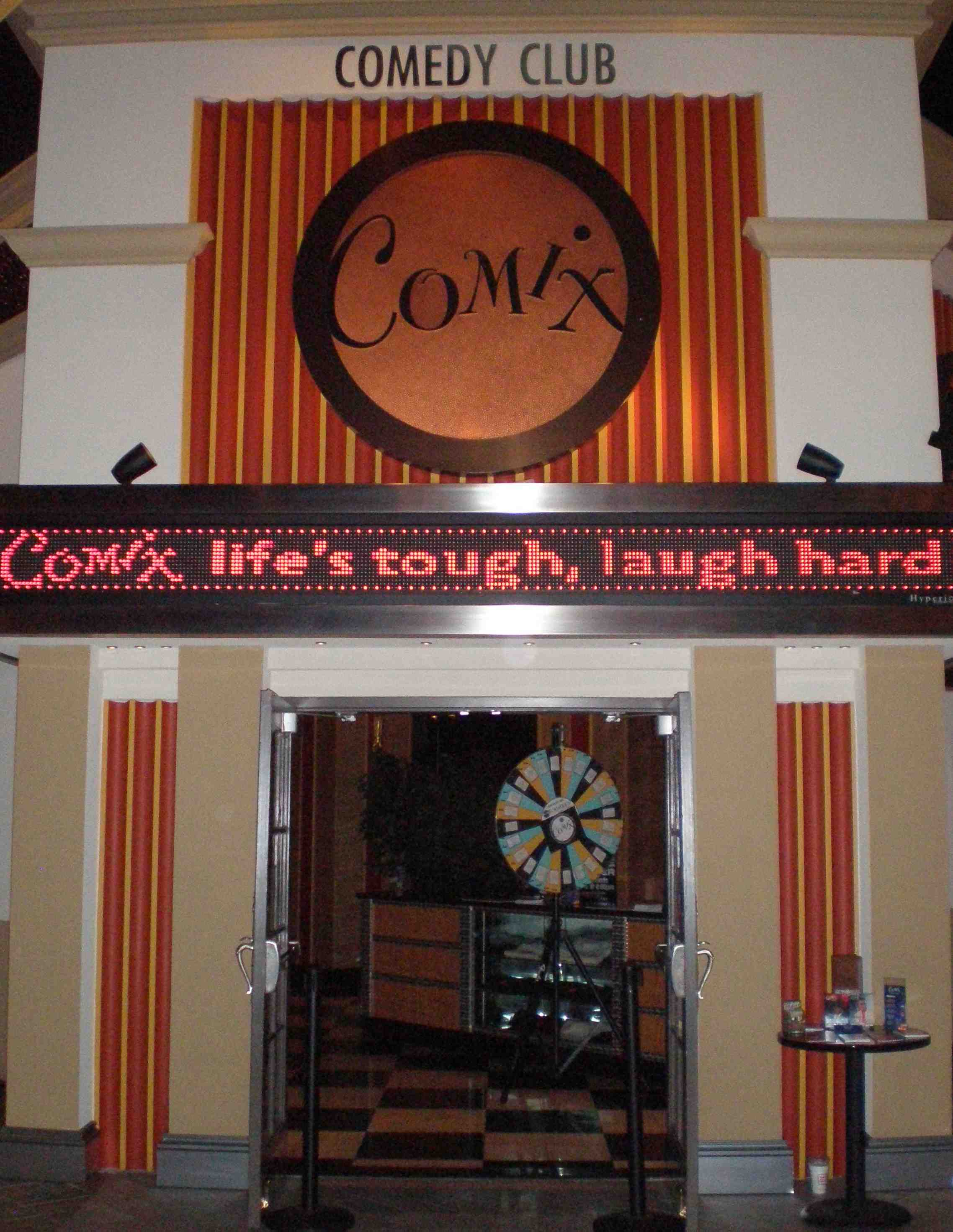 zerkalo-kazino-komedi