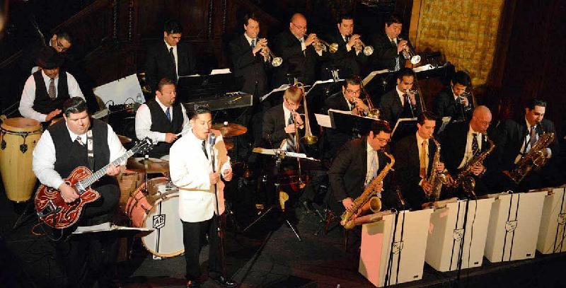 Exciting Perez Prado Show Perez Prado In Japan