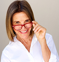 8 Best Eyeglass Frames For Older Women