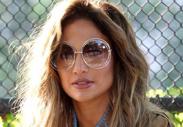 Jennifer Lopez In Chloé Sunglasses