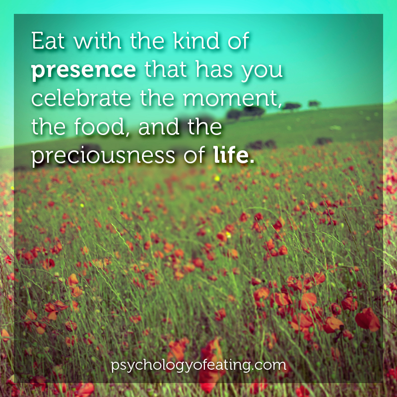 Eat with the kind of presence #health #nutrition #eatingpsychology #IPE