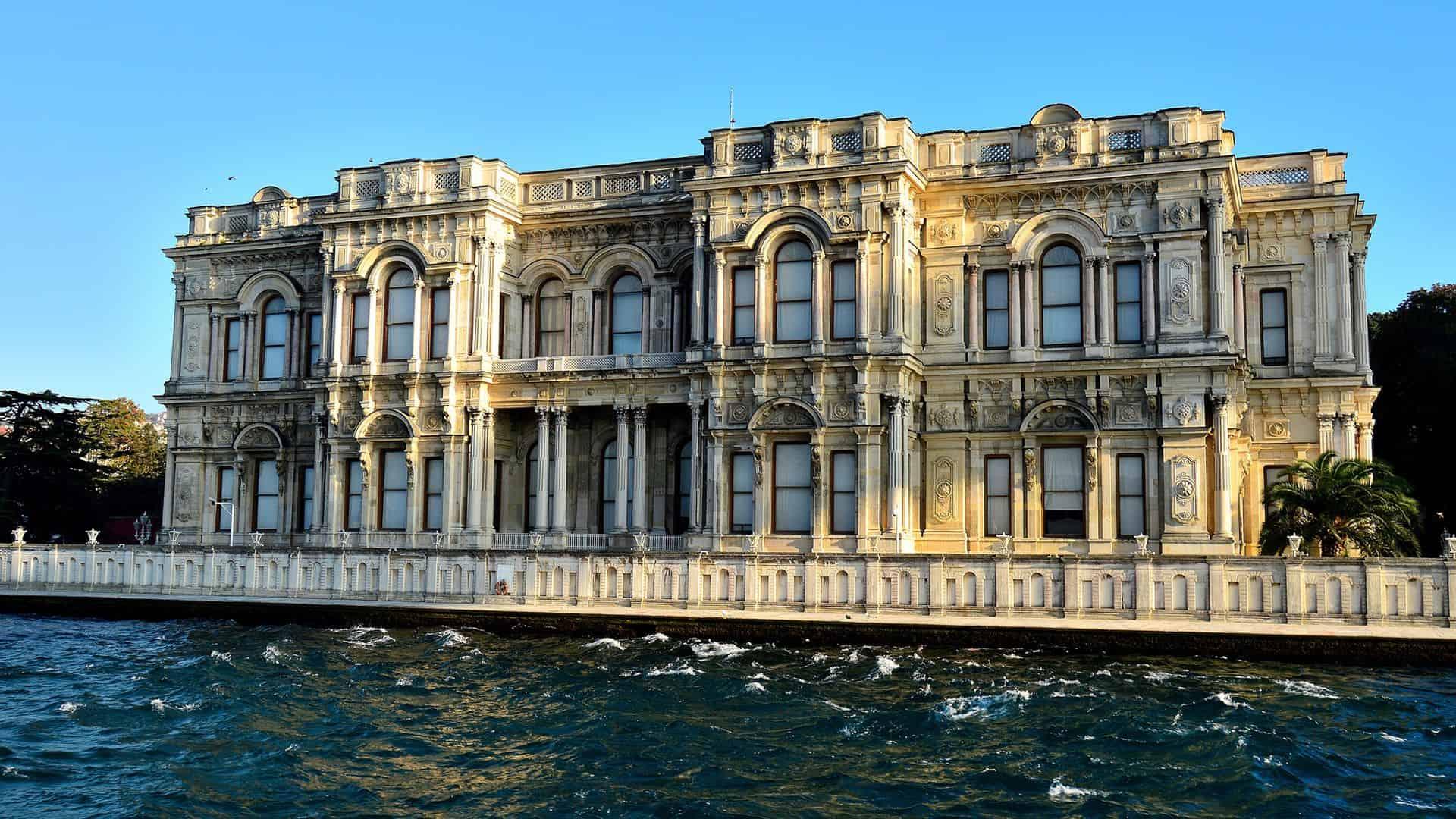 Beylerbeyi Palace from the Bosphorus