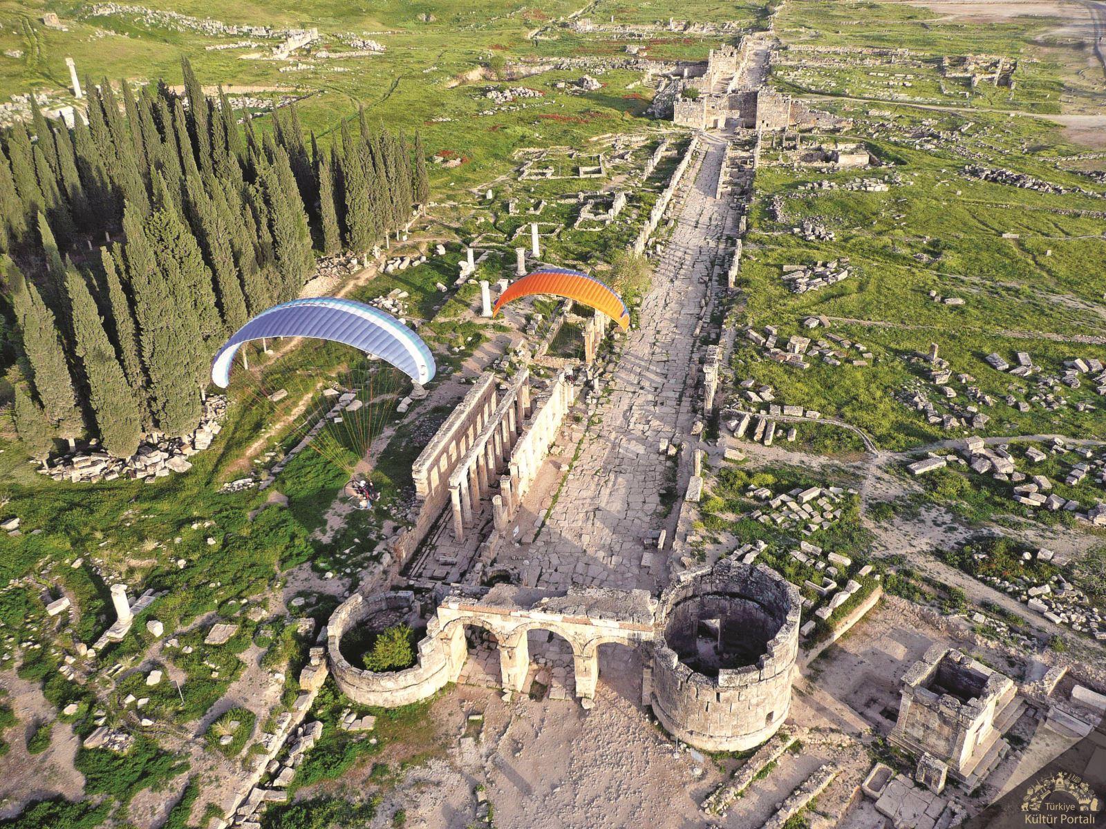 Hierapolis Ancient City in Denizli