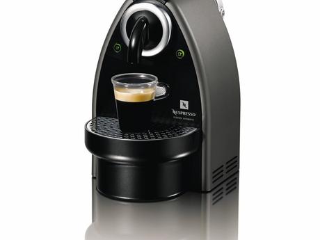 Nespresso_essenza_automatica_gris_titanio