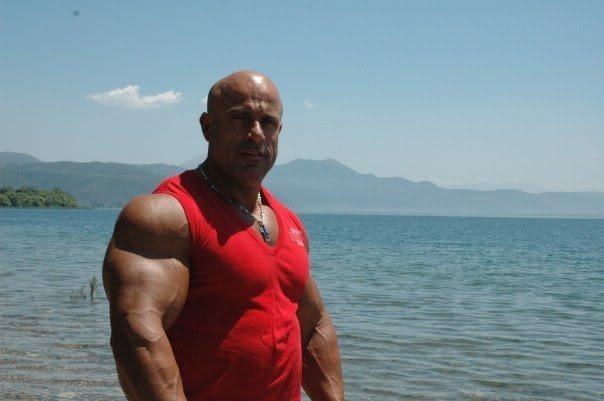 greek-bodybuilder