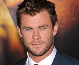 "Chris Hemsworth ""Thor"" Workout Plan"