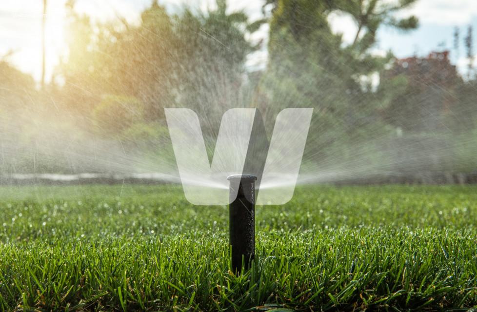 Automatic Backyard Garden Lawn Water Sprinkler