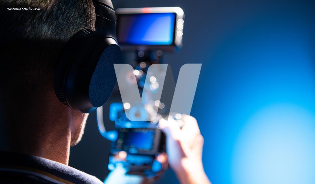 Cameraman DSLR Operator