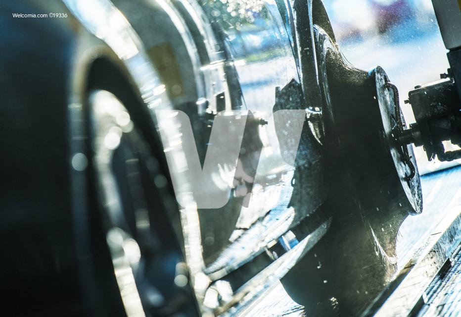 Car Wash Wheels Cleaning