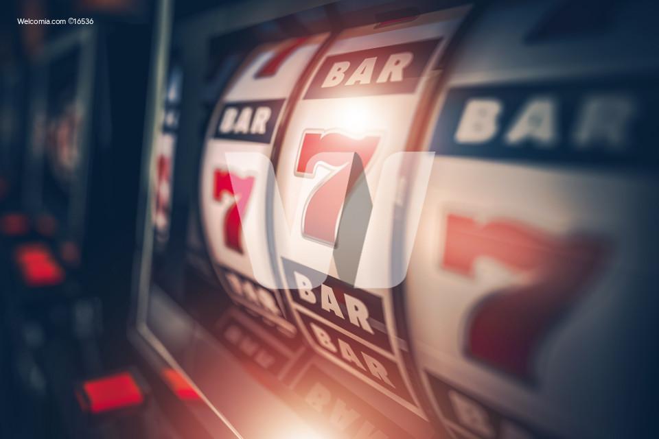Casino Slot Games Playing