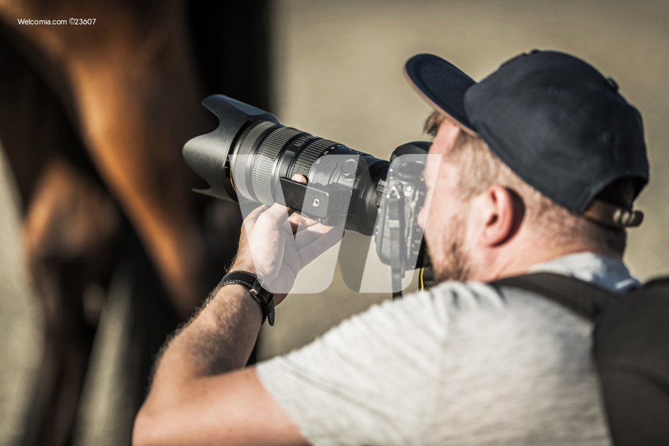 Caucasian Lifestyle Photographer Field Project