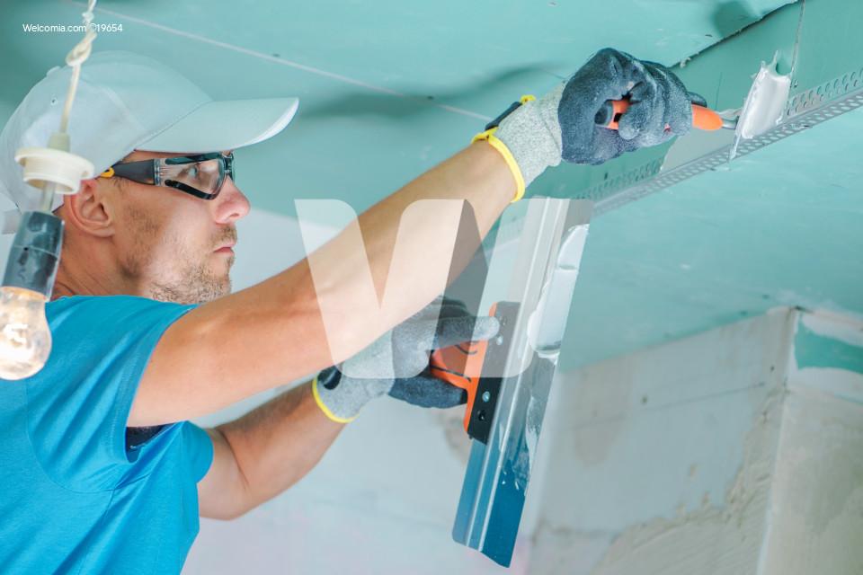 Caucasian Remodeling Contractor