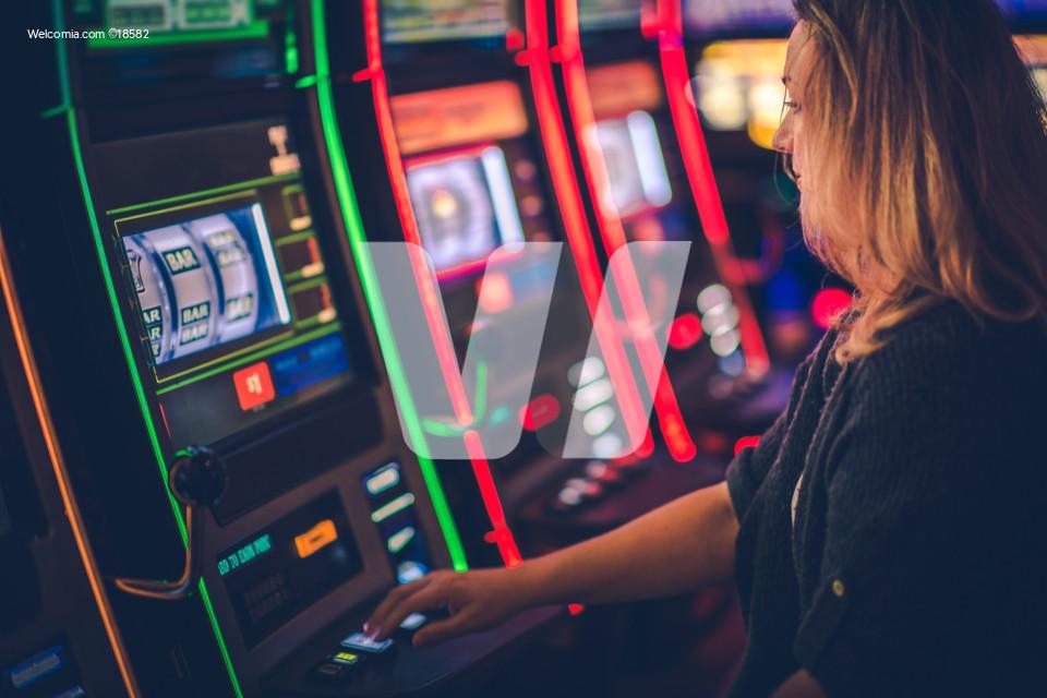Slot Machine Casino Playing