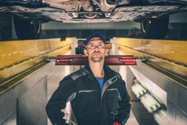 Auto Service Worker