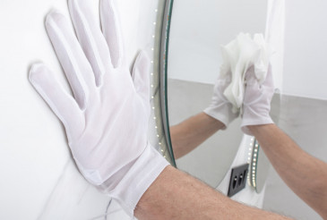 Bathroom Mirrors Cleaning