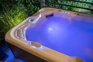 Blue Illuminated Home Garden Hot Tub Spa