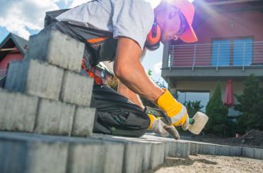 Building Brick Garden Path