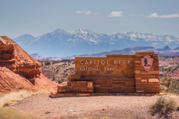 Capitol Reef Entrance Sign