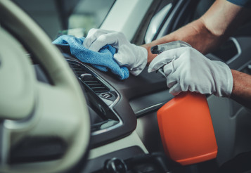 Car Interior Cleaning and Maintenance Using Specialized Detergents