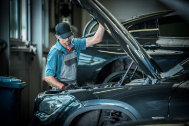 Car Mechanic and His Job