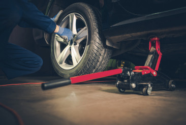 Car Tire Replacement Service