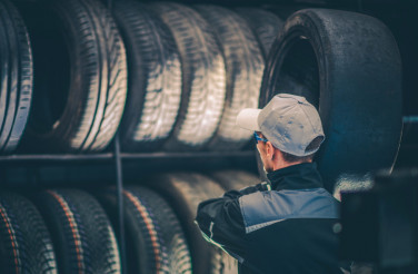 Car Tires Service Worker