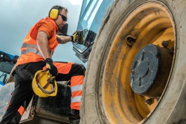 Construction Equipment Operator