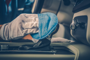 Detailed Vehicle Interior Clean