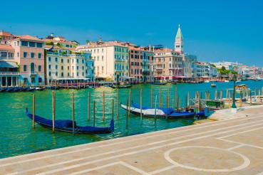 Empty Venetian Places. Italy in Quarantine