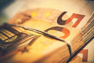 Euro Cash Bills Payment
