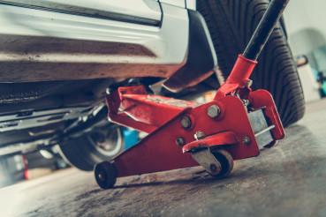 Floor Jack Car Lift Service