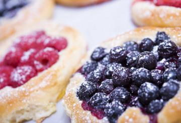 Fruits Yeast-Cake