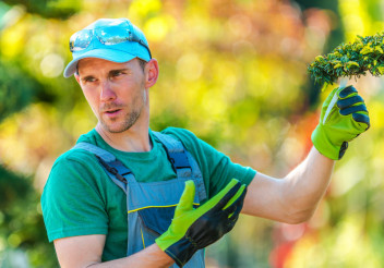 Garden Store Worker