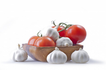 Garlic and Tomatoe