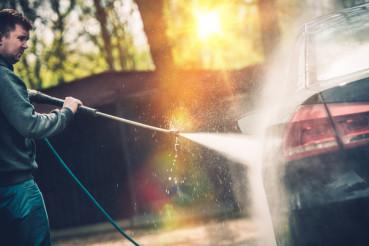Hi Pressured Water Car Washing