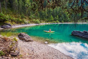 Inflatable Kayak Tour with Dog