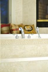 Luxury Bath Tube