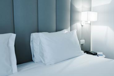 Luxury Modern Hotel Bed