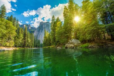 Merced River Yosemite Scenery