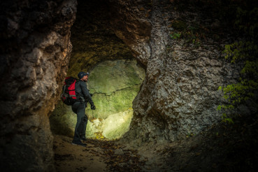 Narrow Cave Expedition