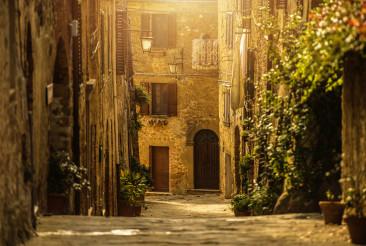 Narrow Italian Toscany Village Street