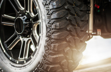 Off Road Vehicle Suspension and Heavy Duty Tires