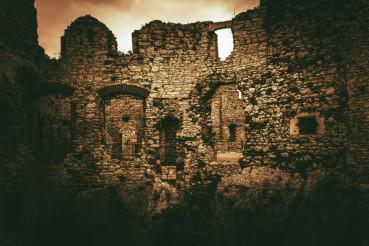 Ogrodzieniec Castle Poland